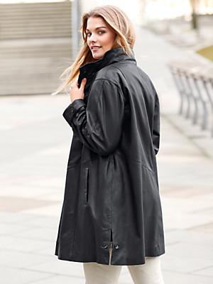 Anna Aura - Leren swagger